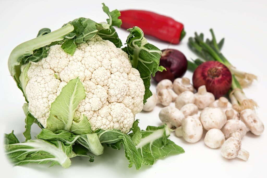 cauliflower, vegetables, mushrooms